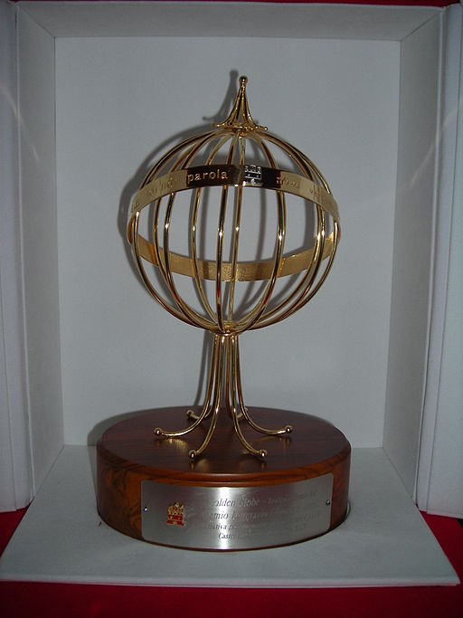 Golden_Globe_1 (1)