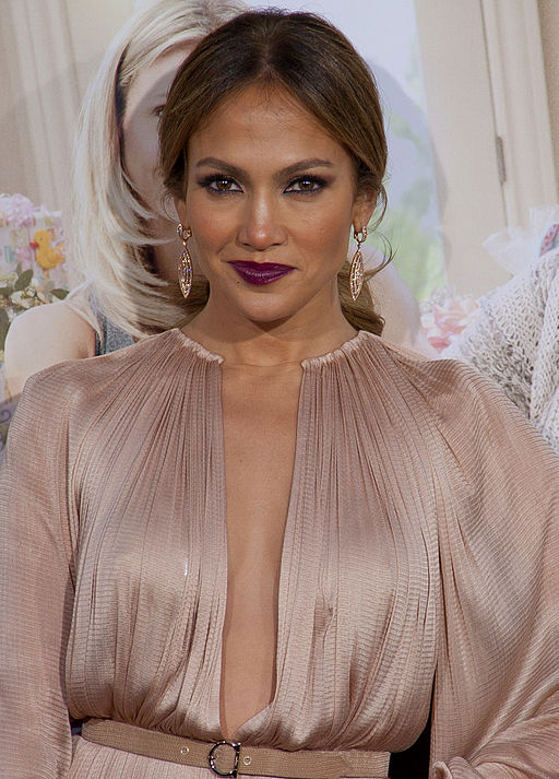 Jennifer_Lopez_2012_(Cropped)